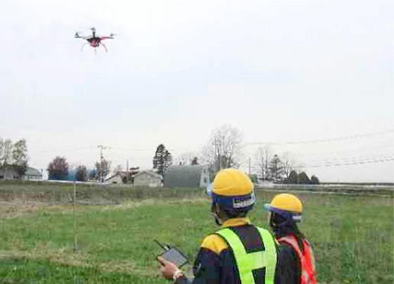 写真/UAV(ドローン)による施工前の測量。