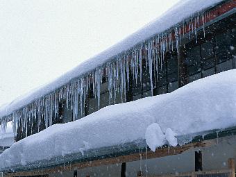 写真/冬の屋根イメージ